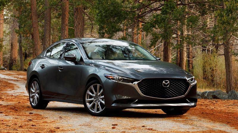 Đại lý xả hàng, nhiều mẫu ô tô tiếp tục giảm giá khủng lên tới gần 500 triệu - Ảnh 1.