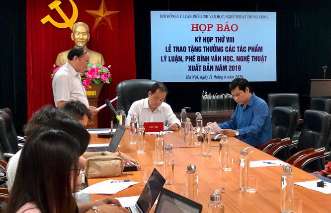 15 tác phẩm lý luận, phê bình VHNT được Tặng thưởng của Ban Bí thư Trung ương Đảng  - Ảnh 1.