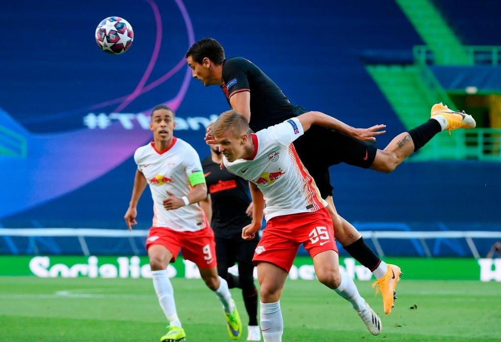 Leipzig 2-1 Atletico Madrid: Bàn thắng phút cuối của Adams đưa đội chủ nhà vào bán kết Champions league - Ảnh 1.