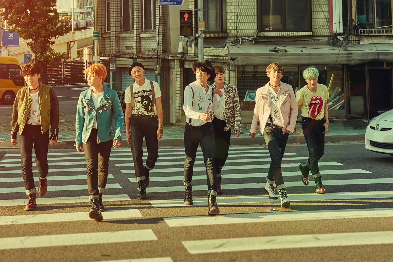 Thắng cúp show âm nhạc: cú chuyển mình của nhiều nhóm nhạc Kpop - Ảnh 1.