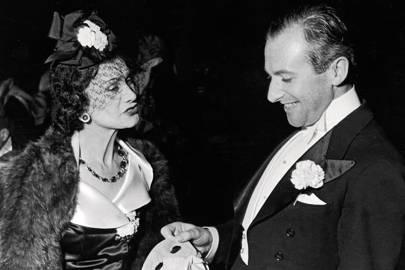 Bí mật đen tối đế chế Chanel cố gắng vùi lấp: Nhà sáng lập trở thành điệp viên để đòi lại quyền sở hữu chính công ty mang tên mình - Ảnh 3.