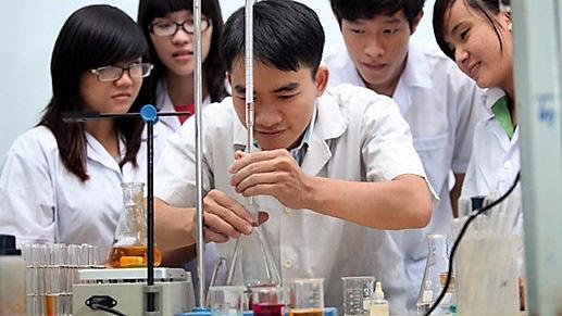 Sinh viên thực hiện một đề tài nghiên cứu khoa học trong một năm học - Ảnh 1.