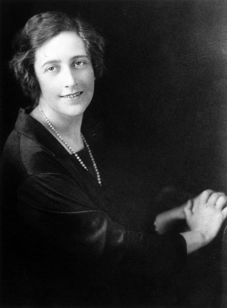 Chuyện đời đủ twist để viết thành tiểu thuyết của Agatha Christie - nữ nhà văn trinh thám nổi tiếng nhất lịch sử - Ảnh 2.