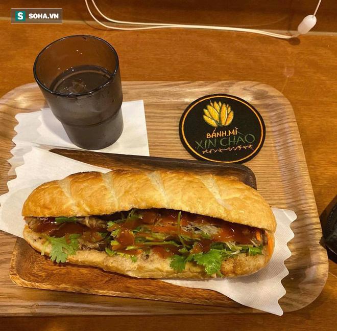 Quán bánh mì Việt Nam của hai anh em du học sinh trên đất Nhật: Giá 100.000 đồng/chiếc, khách đông nghịt - Ảnh 4.