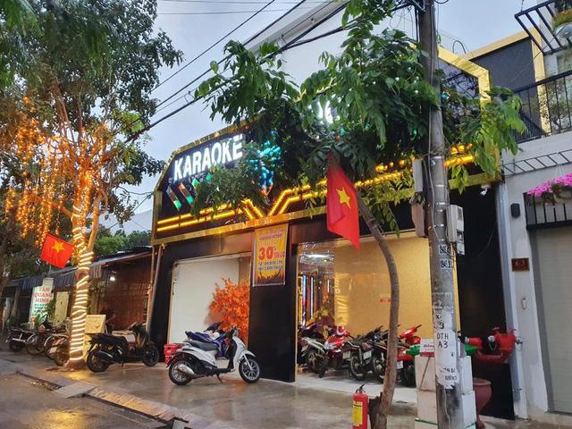 Từ 6h ngày 6/9, Quảng Nam cho phép vũ trường, quán bar, karaoke, xe liên tỉnh...hoạt động trở lại - Ảnh 1.