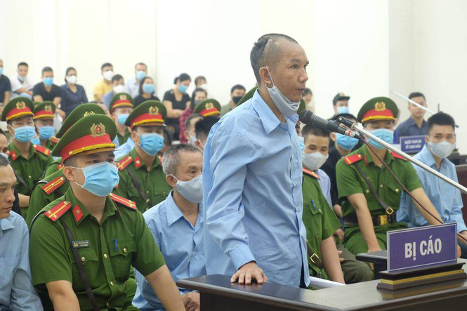 Xét xử vụ án ở Đồng Tâm: Đề nghị 2 án tử hình, chuyển tội nhẹ hơn cho 19 bị cáo - Ảnh 1.