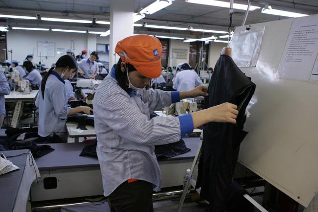 Tổ chức, cá nhân nước ngoài sử dụng lao động Việt Nam phải nộp báo cáo hằng năm - Ảnh 2.