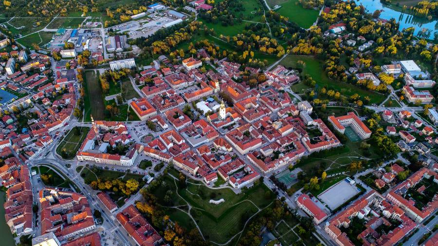 """Các thành phố ngôi sao tại châu Âu: """"Kỳ quan"""" để lại từ thời Phục hưng - Ảnh 13."""