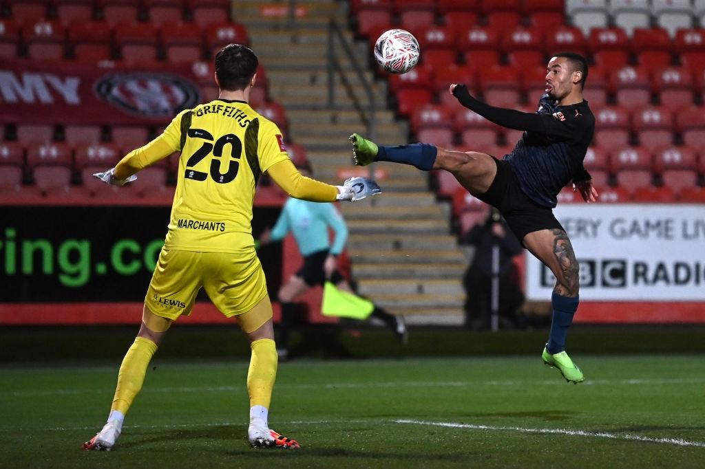 Man City thoát hiểm trước đội bóng ở giải hạng 4 Anh - Ảnh 2.