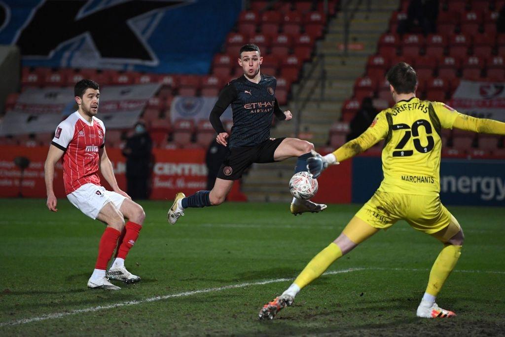 Man City thoát hiểm trước đội bóng ở giải hạng 4 Anh - Ảnh 7.