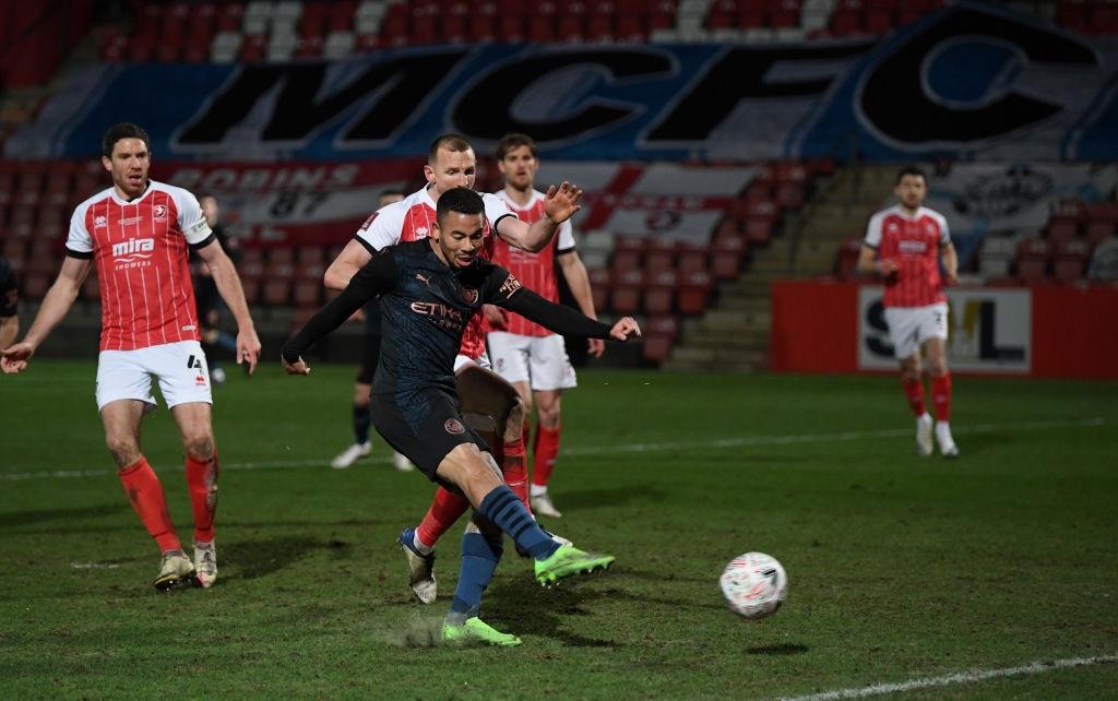 Man City thoát hiểm trước đội bóng ở giải hạng 4 Anh - Ảnh 8.