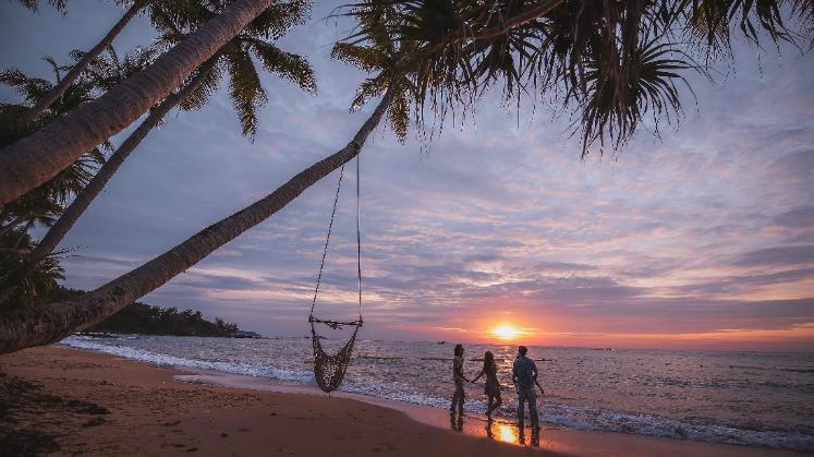 Đảo Ngọc Phú Quốc đang vào mùa đẹp nhất năm, và đây là những nơi chỉ cần đứng vào là có ngay ảnh đẹp - Ảnh 1.