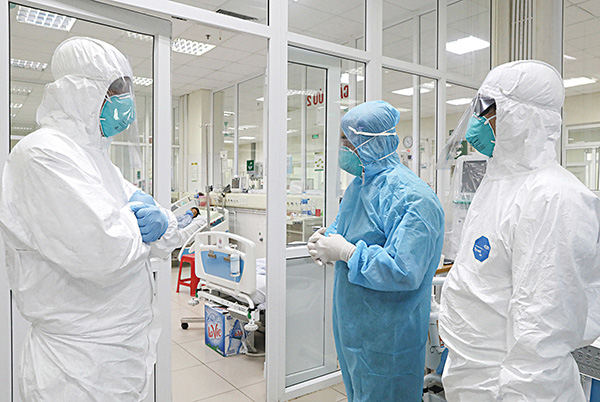 Bệnh nhân COVID-19 ở Quảng Ninh tiếp xúc 89 người, đi nhiều nơi - Ảnh 1.