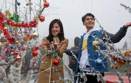 Săn mây, đón tuyết, vui lễ hội mùa đông… quá nhiều lý do để du lịch Sa Pa dịp này - Ảnh 5.
