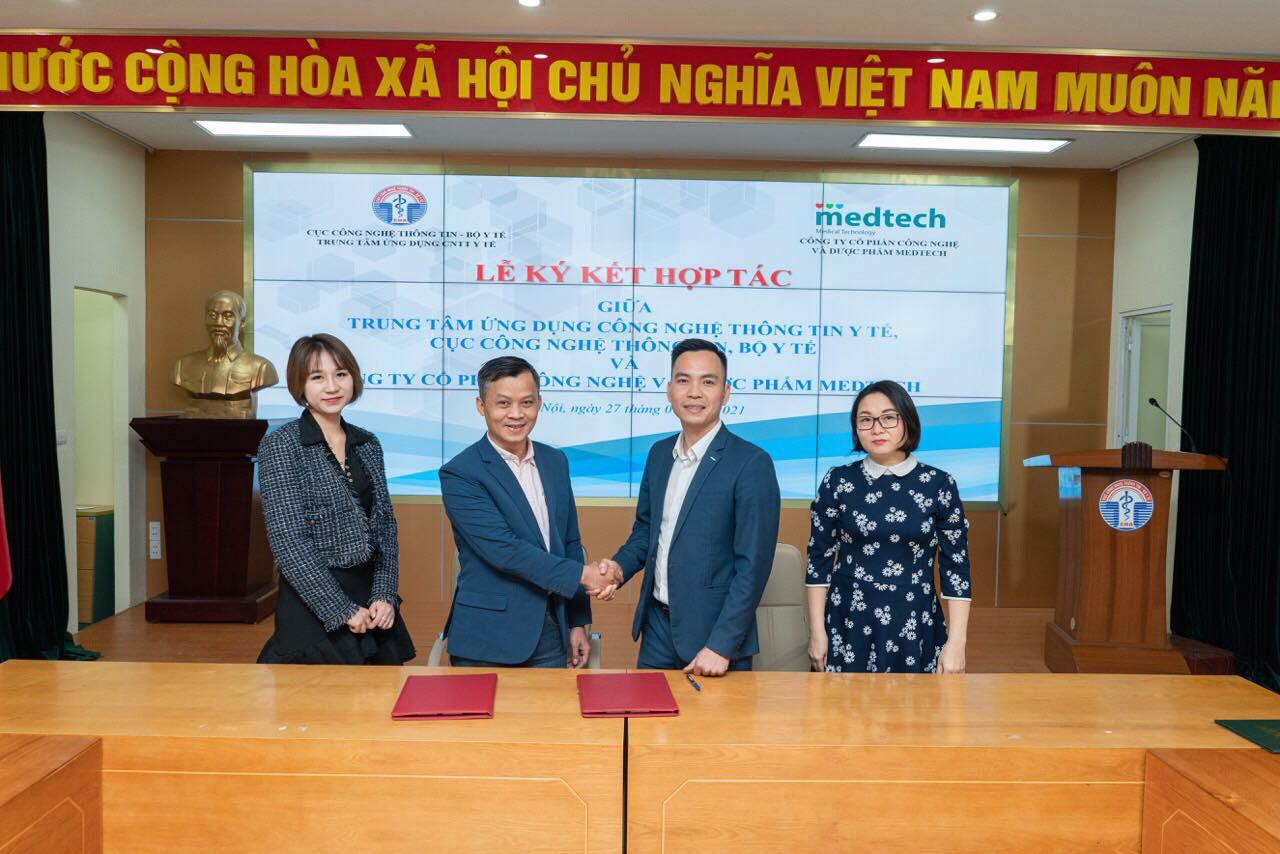 Bộ Y tế và MEDTECH ký kết hợp tác về ứng dụng công nghệ thông tin trong khám chữa bệnh - Ảnh 1.