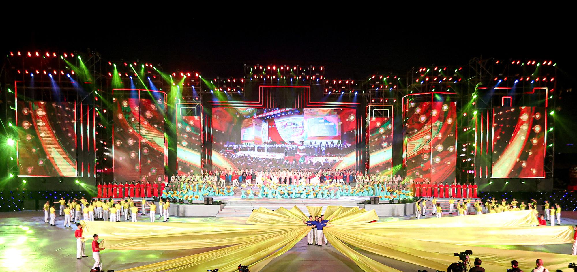 chương trình nghệ thuật đặc biệt chào mừng thành công Đại hội XIII của Đảng - Ảnh 6.