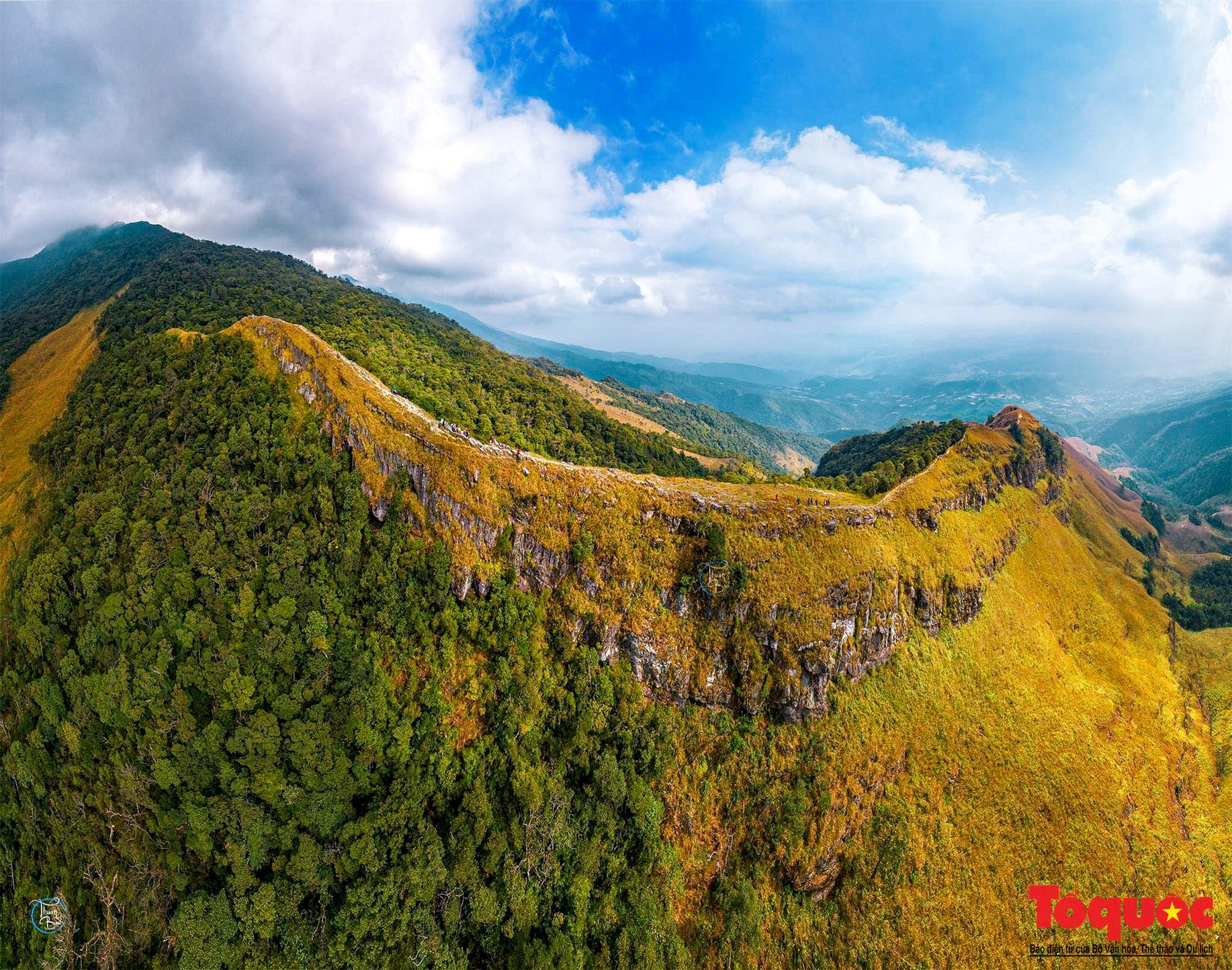 """Ngắm núi Cha Lạng Sơn, đỉnh """" Everest """" của Xứ Lạng - Ảnh 1."""