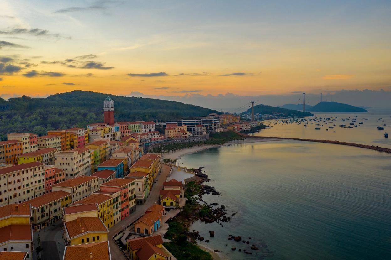 Sun Grand City Hillside Residence – Lời giải căn hộ hướng biển ở Phú Quốc - Ảnh 1.
