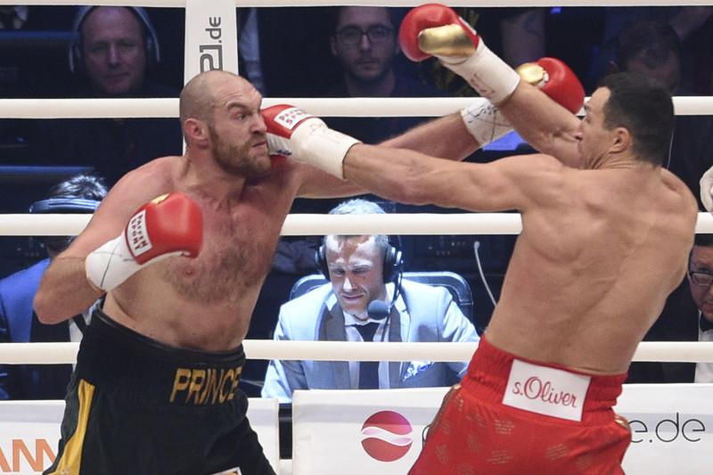 Tyson Fury: Ông vua của quyền Anh hạng nặng thế giới - Ảnh 4.