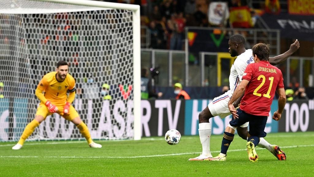 Bộ đôi Mbappe - Benzema tỏa sáng đưa Pháp lên ngôi tại Nations League sau 90 phút kịch tính - Ảnh 5.