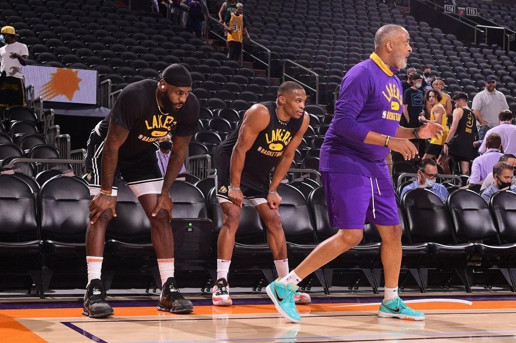 Los Angeles Lakers thiệt quân trước thềm mùa giải 2021-2022 - Ảnh 3.