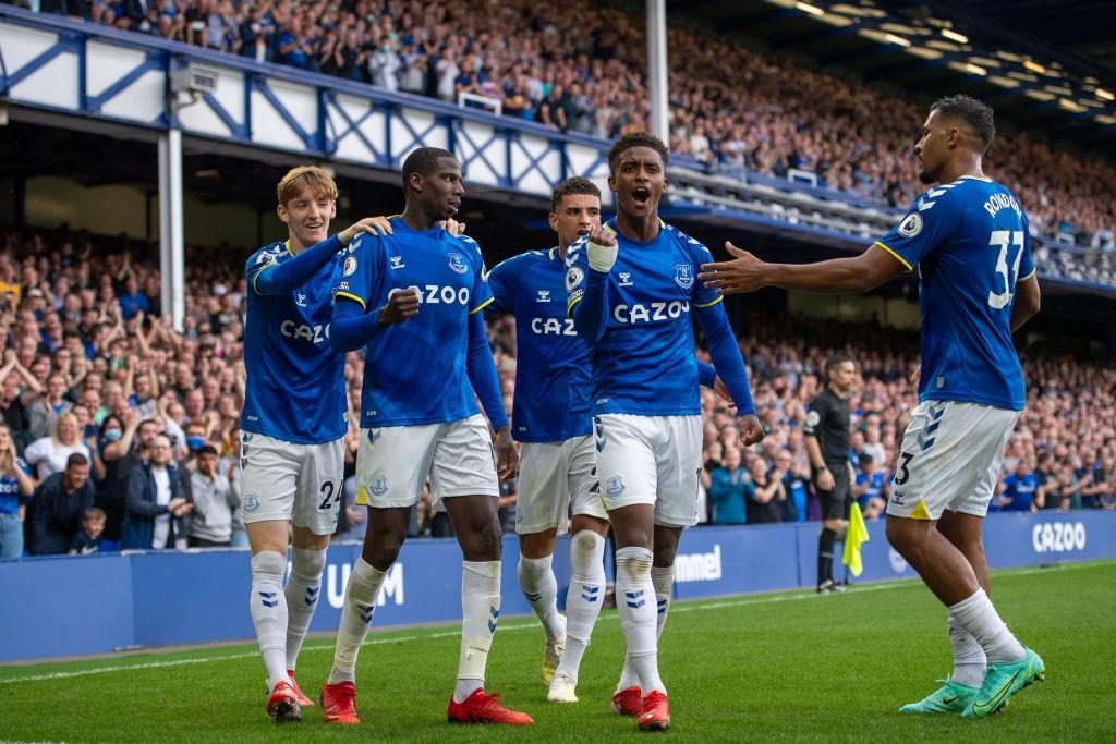 Everton khởi đầu tốt sau 6 trận đầu mùa này