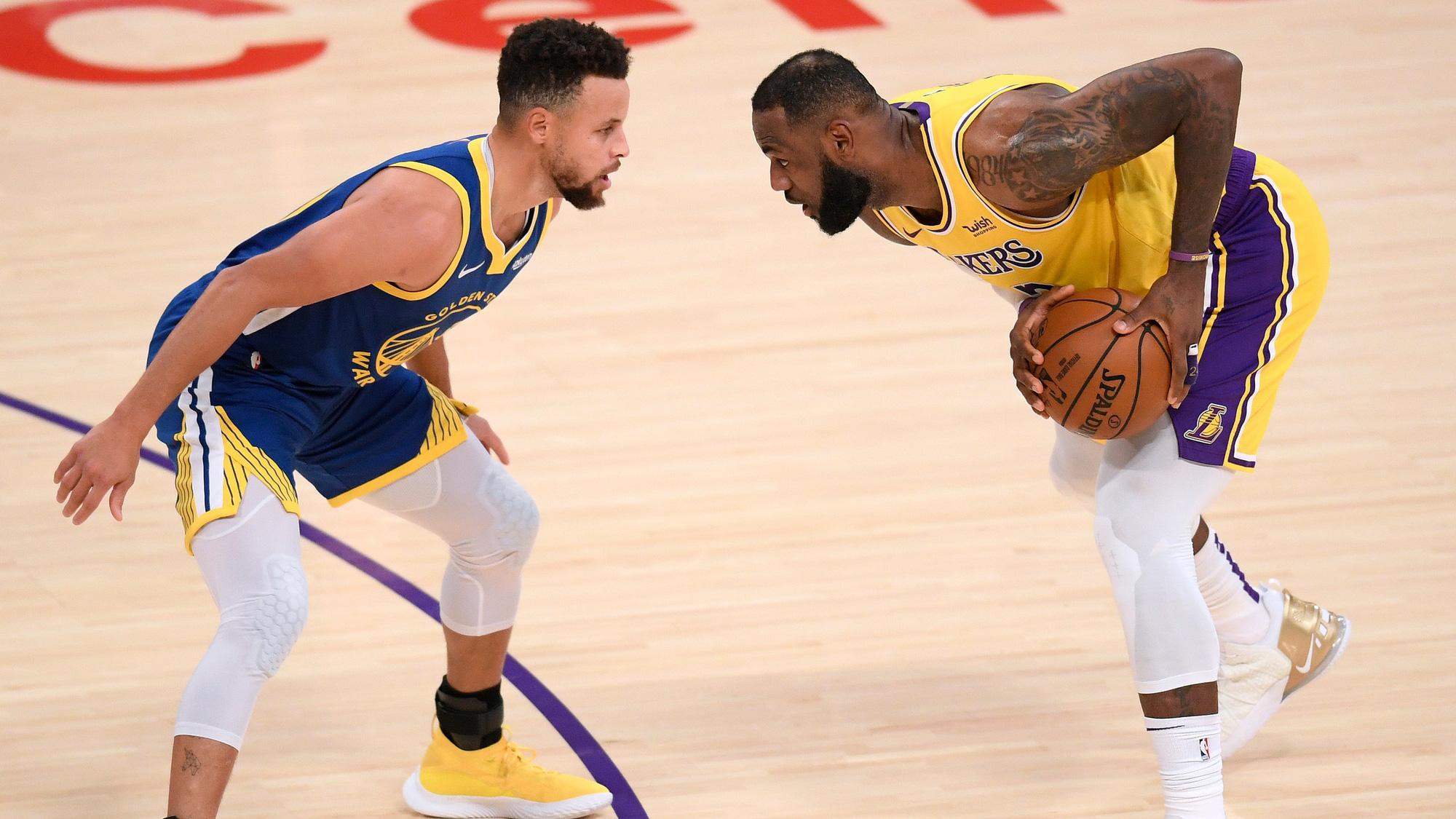 Những cầu thủ có số trận thắng mở màn nhiều nhất trong lịch sử NBA - Ảnh 1.