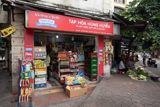 Giải pháp nào giúp chia sẻ khó khăn thiết thực cho chủ tiệm tạp hóa Việt? - Ảnh 2.
