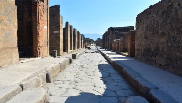 Thành phố cổ Italy: Bí ẩn dưới lòng đất chứa đựng giá trị tương lai - Ảnh 1.