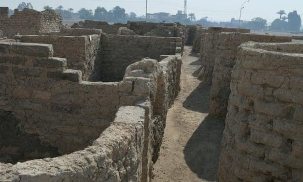Tìm thấy thành phố bí mật 3000 năm tuổi ở Ai Cập - Ảnh 1.