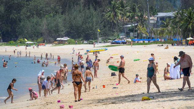 Kế hoạch Thái Lan đón khách quốc tế đến đảo du lịch Phuket - Ảnh 1.