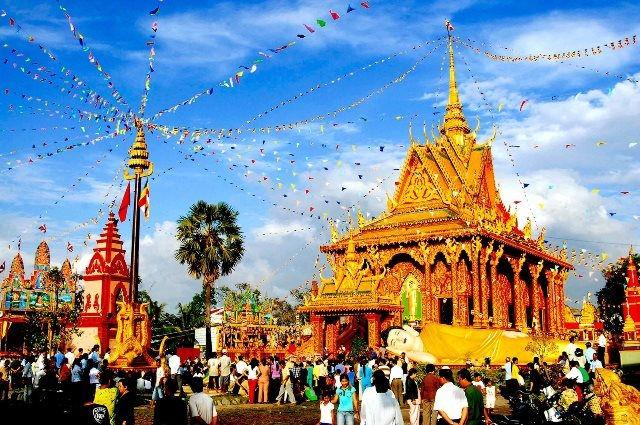 Thủ tướng gửi Thư chúc mừng đồng bào Khmer nhân dịp Tết Chôl Chnăm Thmây - Ảnh 1.