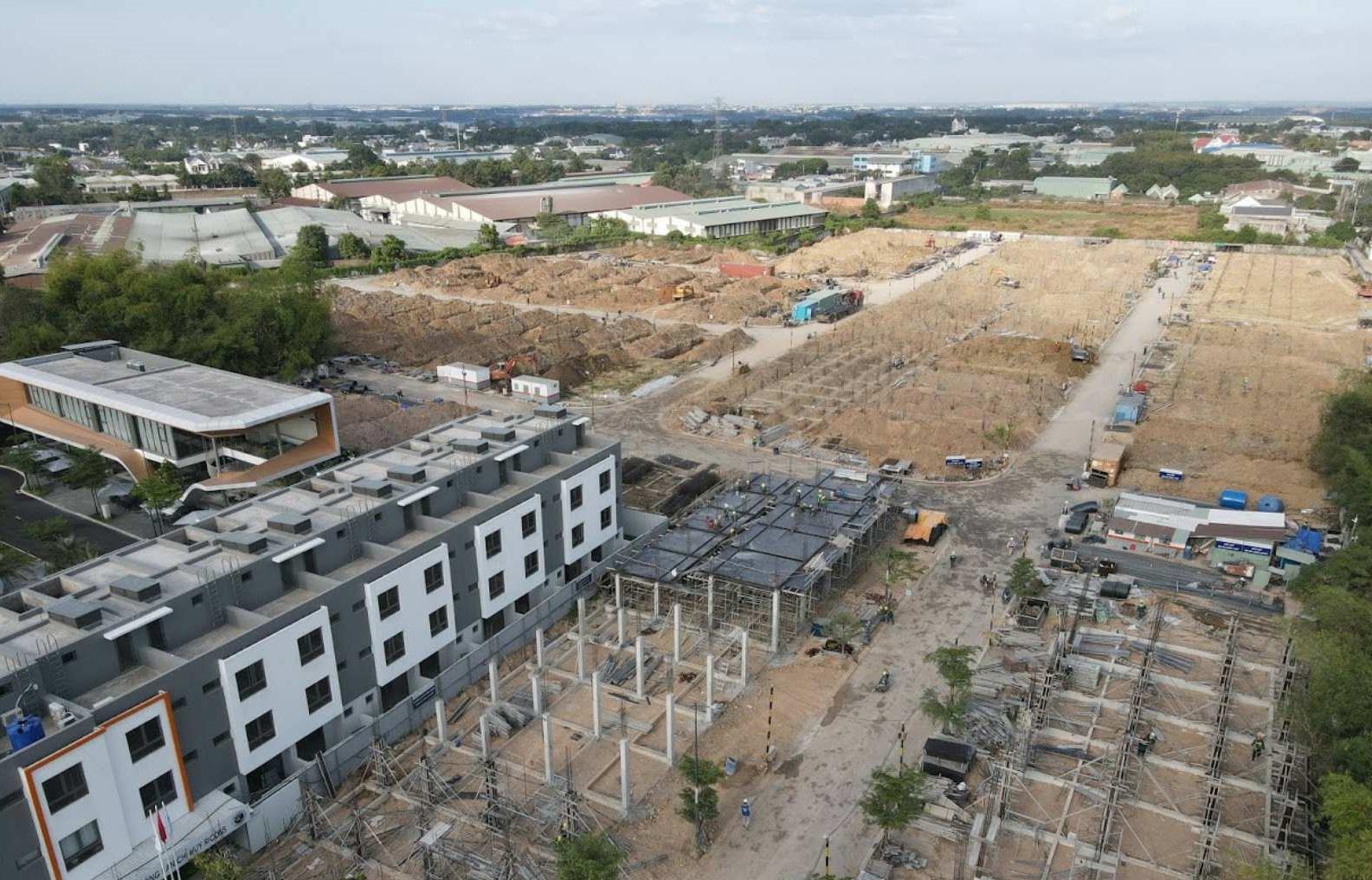 Giới đầu tư khôn ngoan tìm chiến lược trong bối cảnh giá nhà đất tăng mạnh - Ảnh 1.