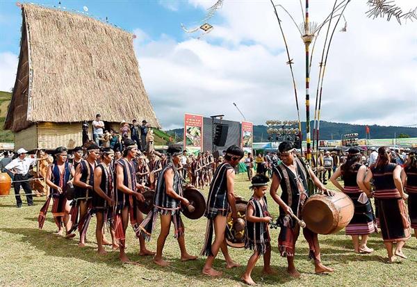 Ngày hội VHTTDL các dân tộc vùng Tây Nguyên sẽ diễn ra tại tỉnh Kon Tum - Ảnh 1.
