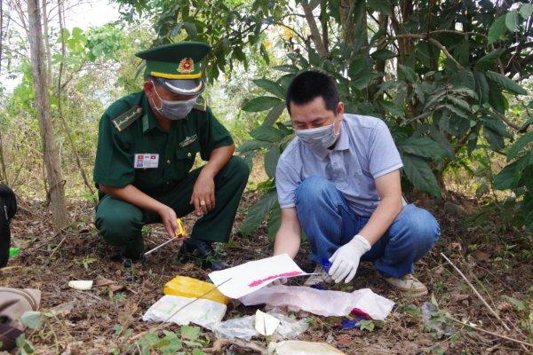 Biên phòng Quảng Trị phát hiện, thu giữ 12.000 viên ma túy tổng hợp - Ảnh 1.