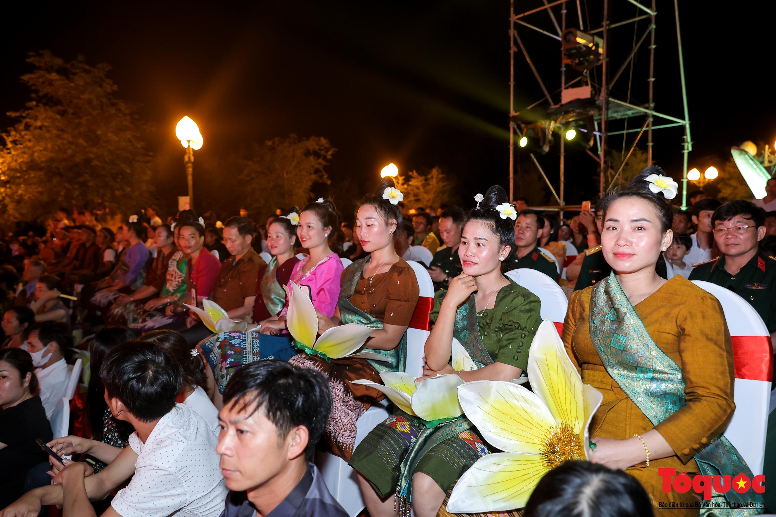 """(Chùm ảnh) Chương trình nghệ thuật đặc sắc """"Văn hoá các dân tộc – Hội tụ và phát triển"""" chào mừng Ngày Văn hoá các dân tộc Việt Nam 2021 - Ảnh 3."""