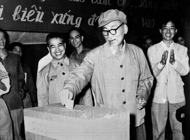 Phát huy quyền và trách nhiệm cử tri trong bầu cử theo lời căn dặn của Bác Hồ - Ảnh 1.