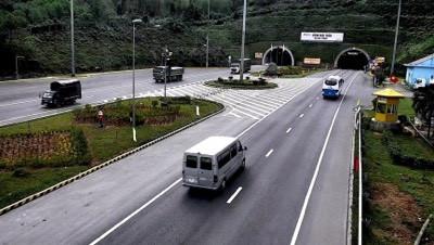 Thừa Thiên Huế kiến nghị lùi thời điểm tăng phí qua trạm Bắc Hải Vân - Ảnh 2.