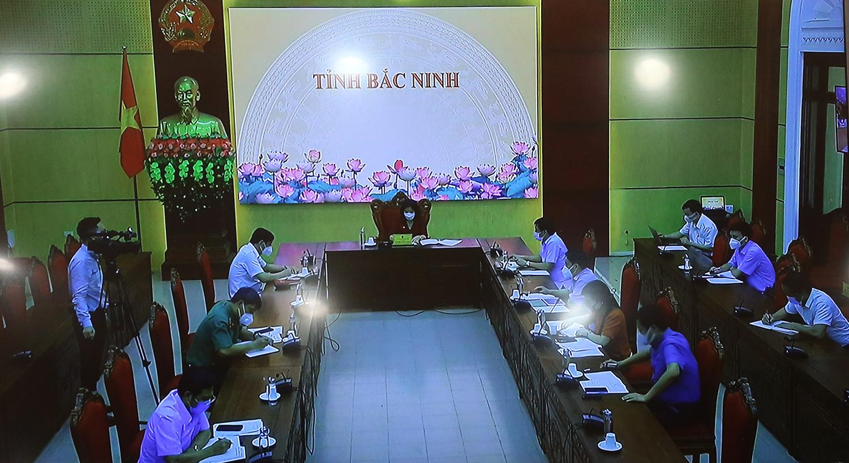 Phó Thủ tướng Vũ Đức Đam: Muốn đưa nhà máy, KCN trở lại hoạt động từng phần thì phải linh hoạt hơn - Ảnh 4.