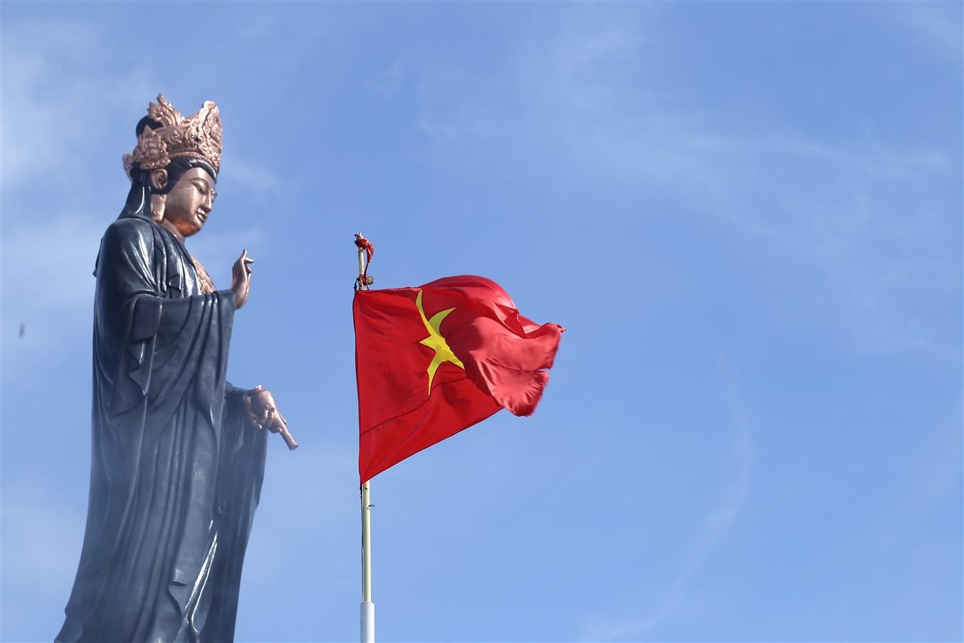 Gần 700 cử tri đi bầu cử tại đỉnh núi Bà Đen Tây Ninh - Ảnh 8.