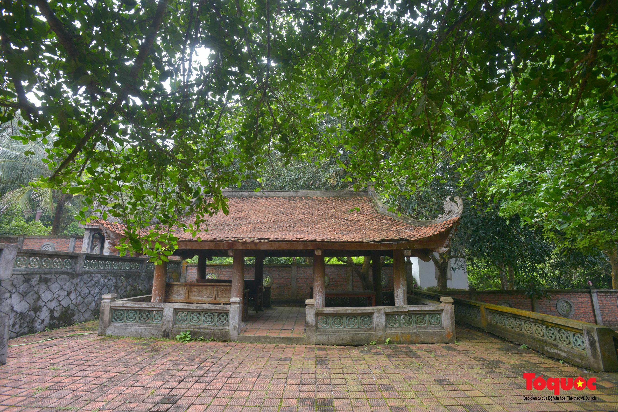 Khám phá ngôi chùa 800 tuổi giữa trùng khơi biển cả - Ảnh 4.