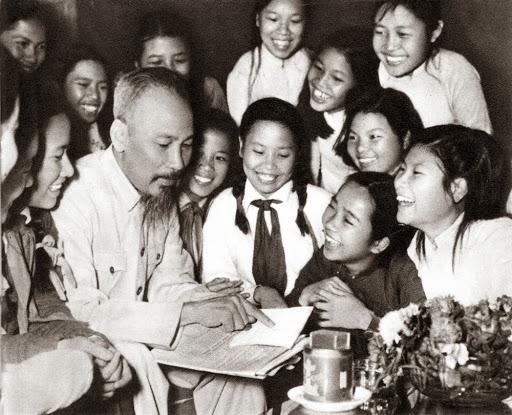 Phát huy ý chí tự lực, tự cường, khát vọng phát triển đất nước phồn vinh, hạnh phúc của Chủ tịch Hồ Chí Minh  - Ảnh 3.