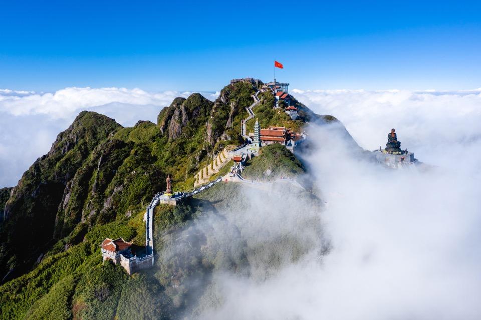 Giải mã sự linh thiêng của những ngôi chùa trên núi - Ảnh 3.
