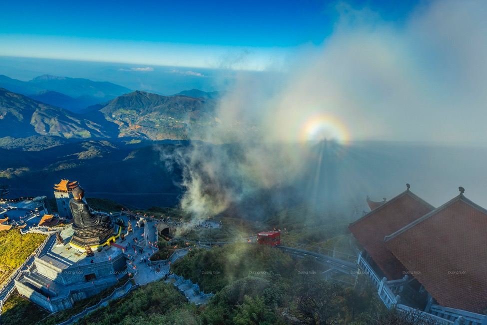 Giải mã sự linh thiêng của những ngôi chùa trên núi - Ảnh 5.