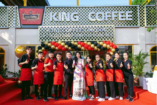 """King Coffee tưng bừng khai trương 2 cửa hàng mới tại thành phố """"trong lòng"""" thành phố - Ảnh 2."""