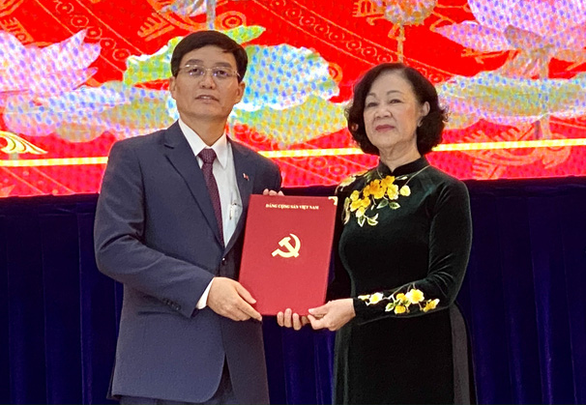 Chủ tịch UBND tỉnh Đắk Nông giữ chức Bí thư Tỉnh uỷ Đắk Lắk - Ảnh 1.