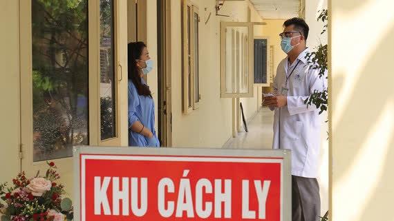 Tuyệt đối không để tình trạng người đang trong thời gian theo dõi y tế sau cách ly làm lây nhiễm dịch bệnh ra cộng đồng - Ảnh 1.
