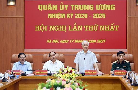 Công bố quyết định của Bộ Chính trị về công tác cán bộ tại Quân ủy Trung ương - Ảnh 1.