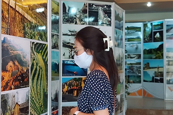 Triển lãm 120 hình ảnh bối cảnh quay phim quảng bá du lịch Việt Nam - Ảnh 2.