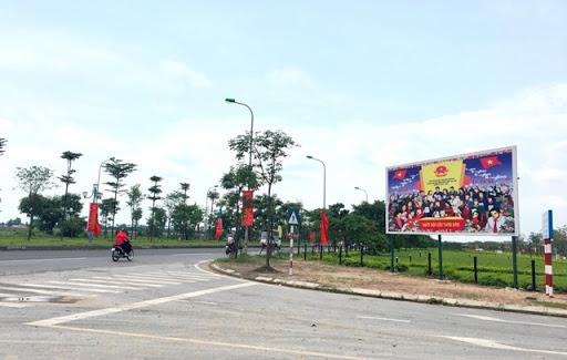 Hà Nội: Khai trừ Đảng Chủ tịch HĐND xã mang 75 phiếu bầu cử về nhà tự gạch tên - Ảnh 1.